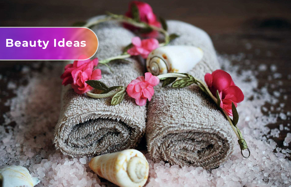Beauty therapist, spa, towels